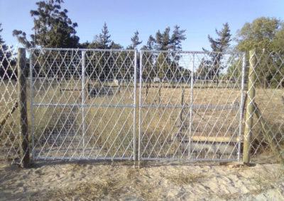 Razor Wire Farm Style Mesh Gate